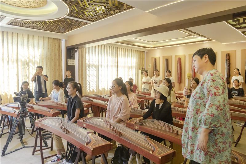 潘文古筝筝技集训营